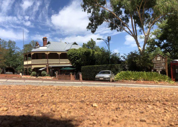 Mundaring Weir Hotel , blue Skys